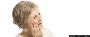 idoso implante dor de dente